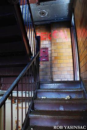 Hudson Valley Ruins: M...
